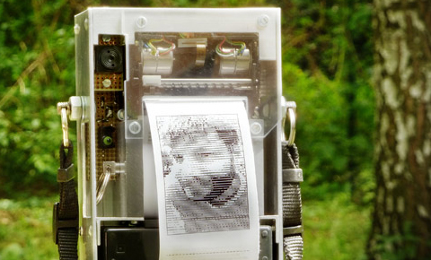 Niklas Electronic Instant Camera