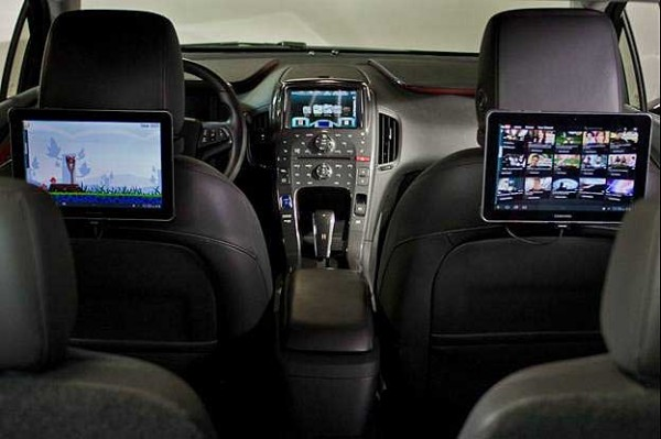 2012 OnStar 4G LTE Vehicle Interior