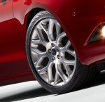 2013 Ford Fusion Wheels