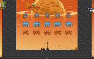 Angry Birds Space - Space Invaders Tribute