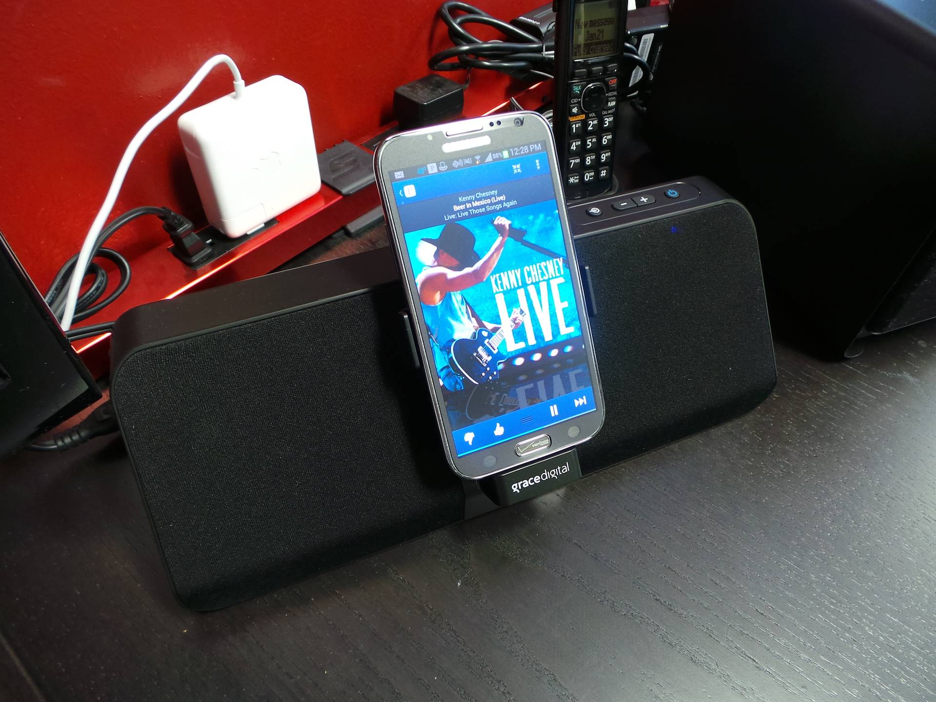 Grace Digital Galaxy Note II Speaker Dock