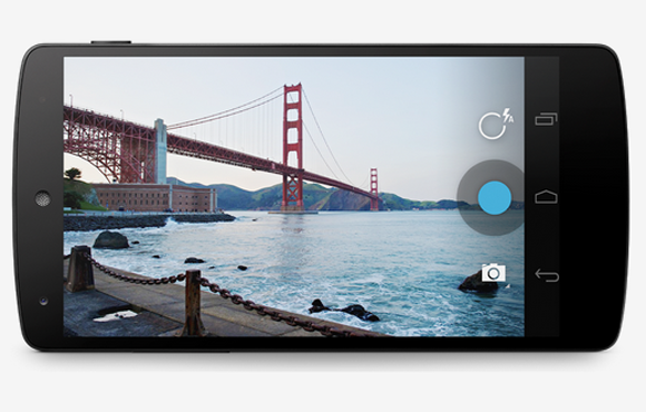 Nexus 5 with Golden Gate Bridge
