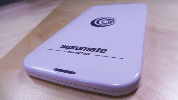 Promate auraPad charger