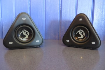OM Audio Mantra stereo Bluetooth speakers