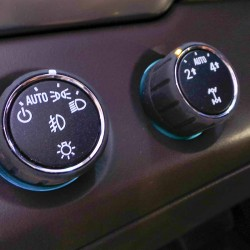 2015 Chevy Suburban 4WD Controls