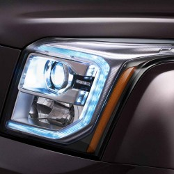 2015-GMC-Yukon-Denali-Headlight