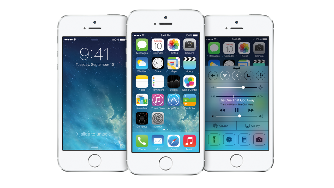 White iPhones running iOS7