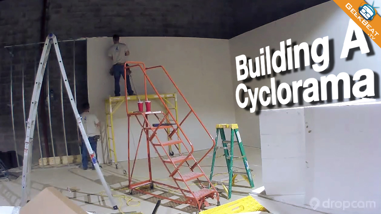 Building the Geek House Cyclorama Wall