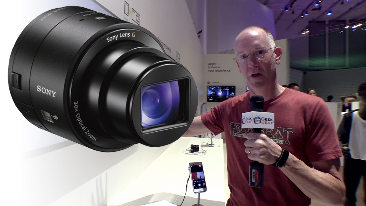 Sony QX30 at IFA 2014