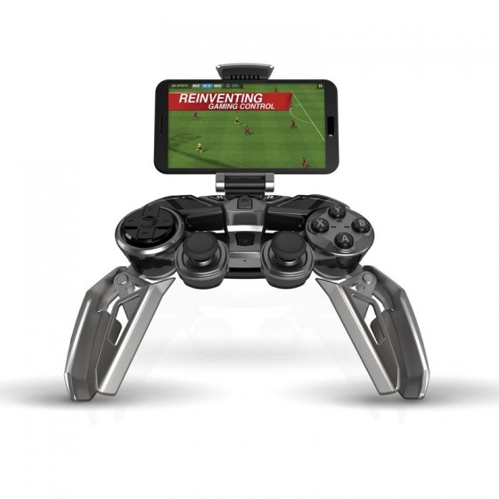 Mad Catz LYNX 9 with Mobile Phone