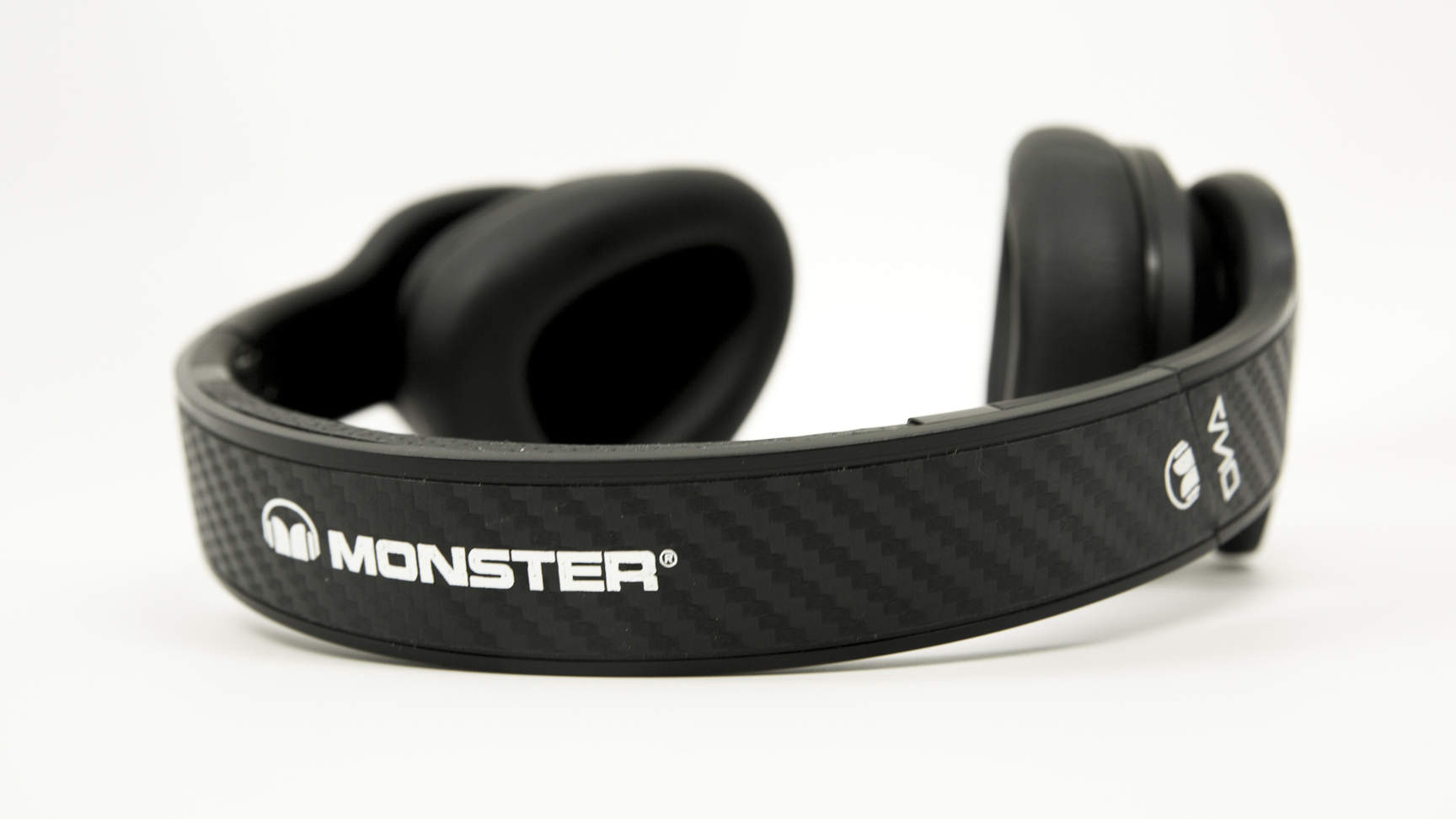 Monster DNA Pro 2 over-the-ear Headphones