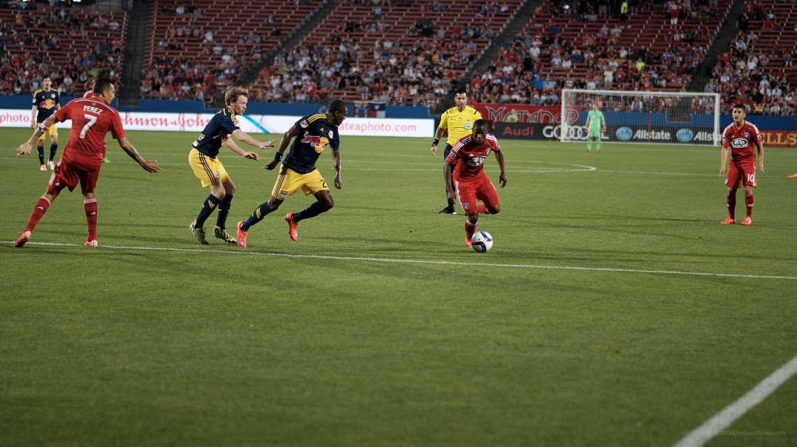 New York Red Bulls @ FC Dallas (c) 2015 giovanni gallucci, for more info see http://liveloudtexas.com/copyright